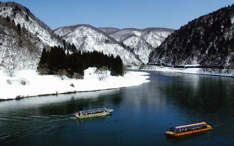 冬の舟下り